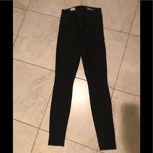 Black denim jeans from the Gap 29t